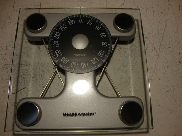 Glass topped scale