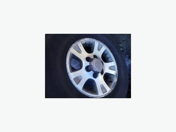 "GET READY FOR THE SNOW SEASON ! 6X139.7 - 16"" OEM NISSAN SUV / TRUCKS"