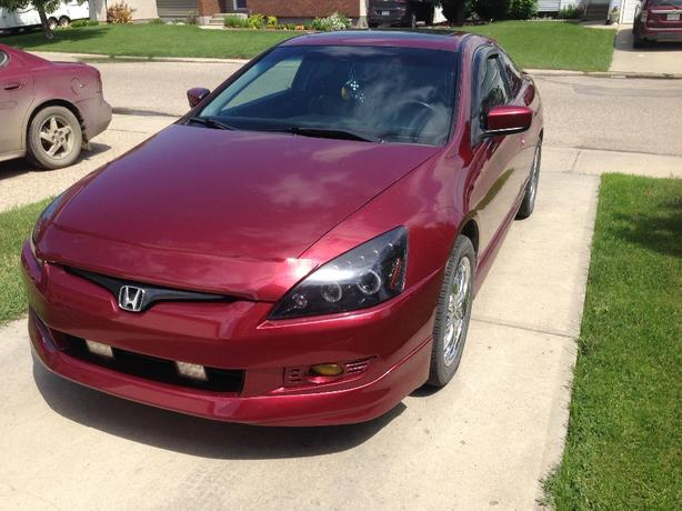 reduce 2003 honda accord coupe 2 door east regina regina. Black Bedroom Furniture Sets. Home Design Ideas