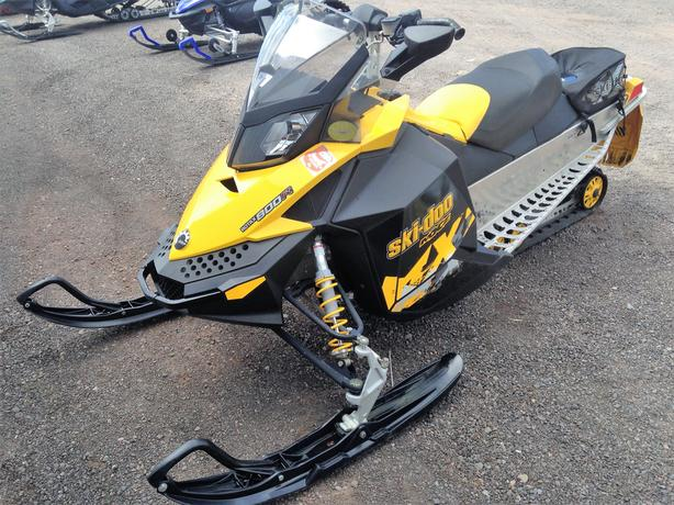 2010 MXZ Adrenaline 800R Snowmobile