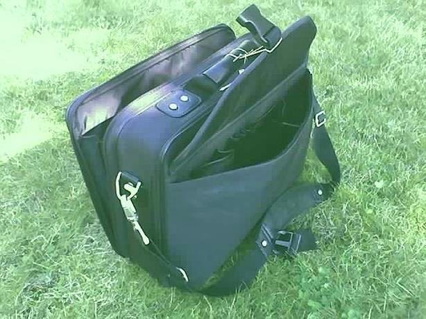 Deluxe Samsonite Laptop Bag