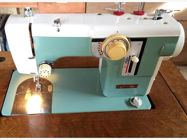 Baycrest Sewing Machine