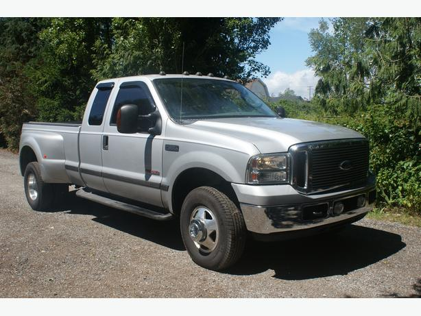 04 FORD F350 -DIESEL  4x4 supercab on duallies ONLY 110000kms