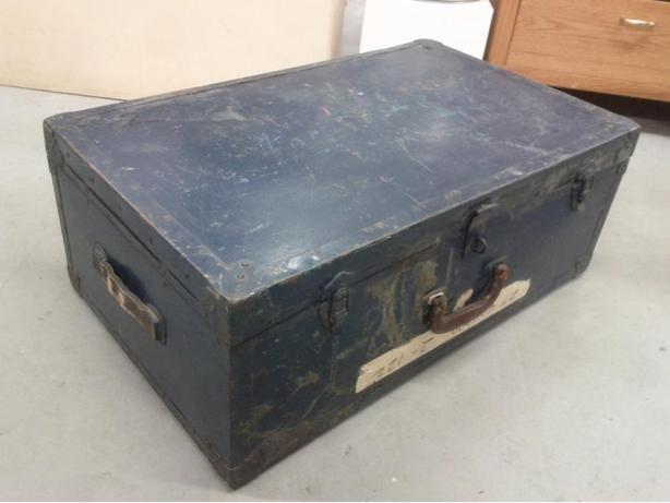 Vintage Trunk/Suitcase