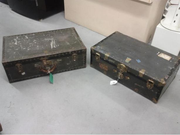 Vintage Suitcase/Trunk