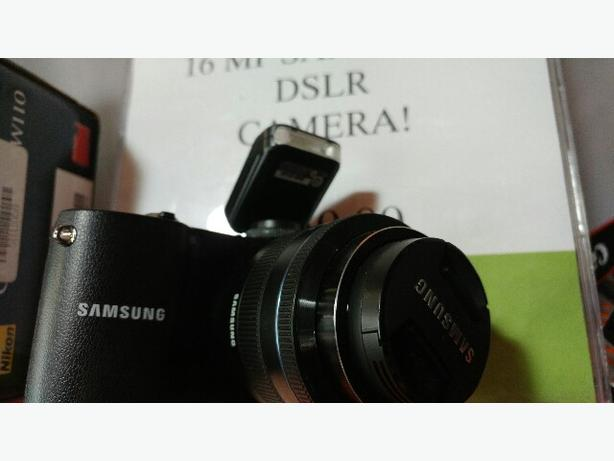 SAMSUNG NX 1000 DSLR CAMERA