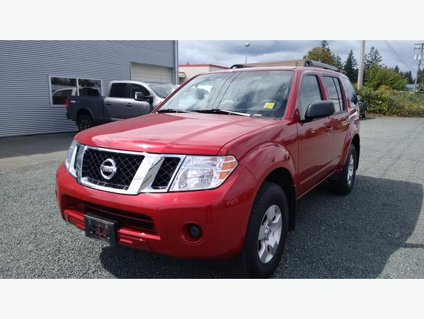 2012 nissan pathfinder 7 seats 4x4 outside victoria victoria. Black Bedroom Furniture Sets. Home Design Ideas