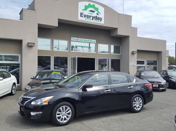 2013 Nissan Altima S 2.5  - REDUCED!