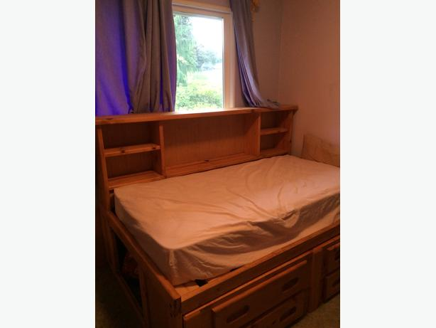 Single captains bed frame with shelfs