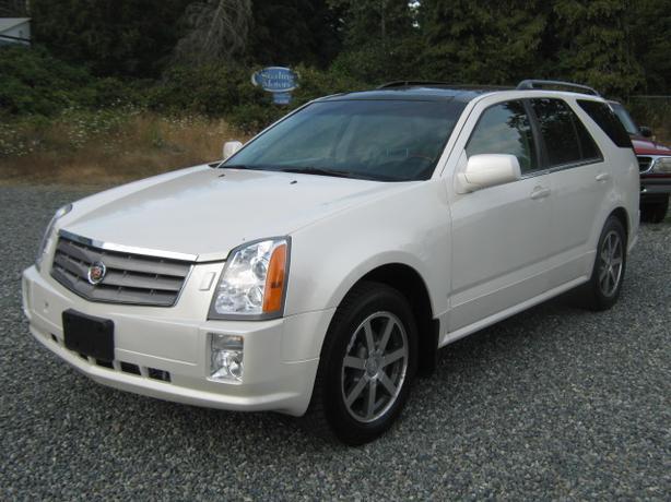 2004 Cadillac SRX Premium package AWD LUXURY