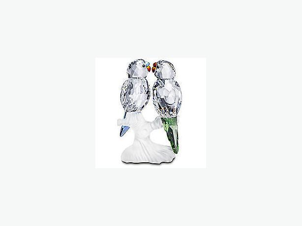 BRAND NEW SWAROVSKI BUDGIE BIRDS