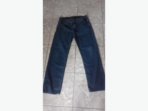 Men's Calvin Klein Jeans - Size 32