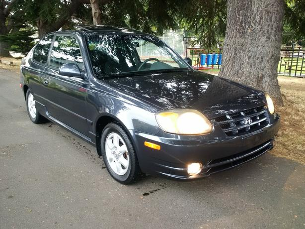 Hyundai Accent-GSi - Clean!
