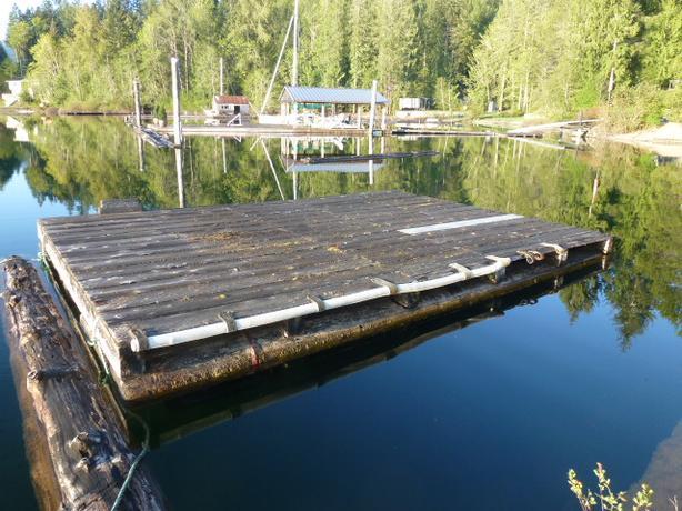 Used wharf on Sproat Lake