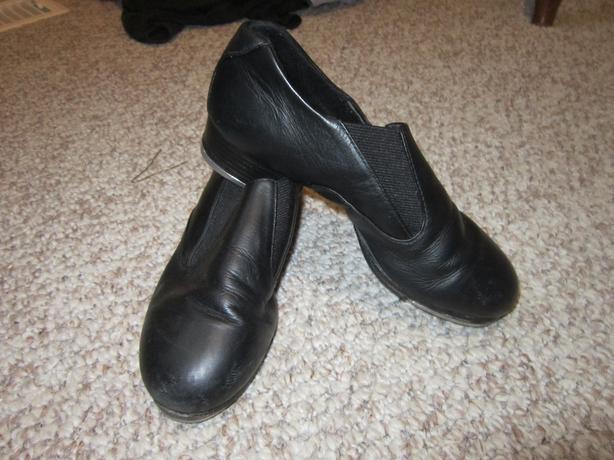 black capezio slip on tap shoes 6