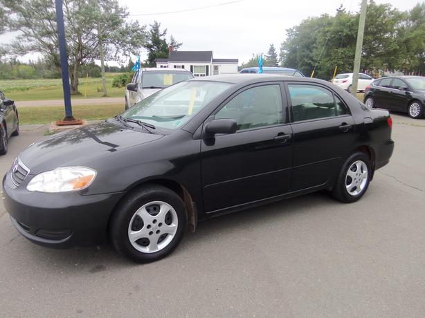 2008 TOYOTA COROLLA !! 5 SPEED MANUAL !! ONLY 154,000 KMS !!