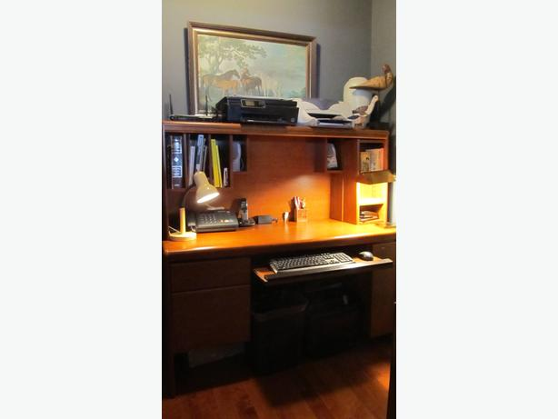 Cherry wood desk with hutch central saanich victoria - Cherry wood computer desk with hutch ...