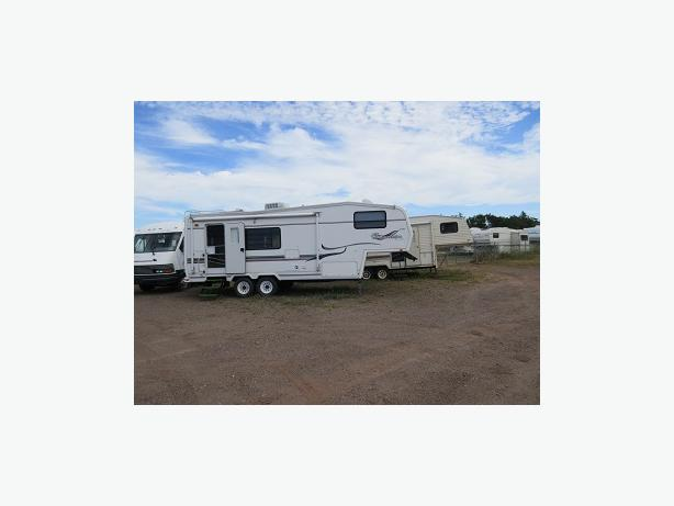 1999 Travelaire Tour Edition Fifth Wheel