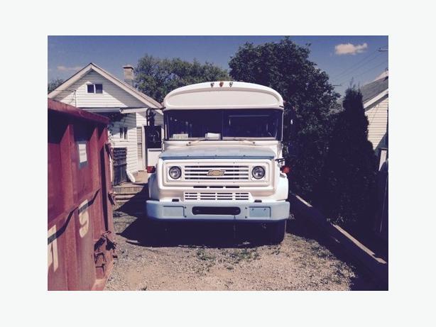1986 Blue Bird Bus