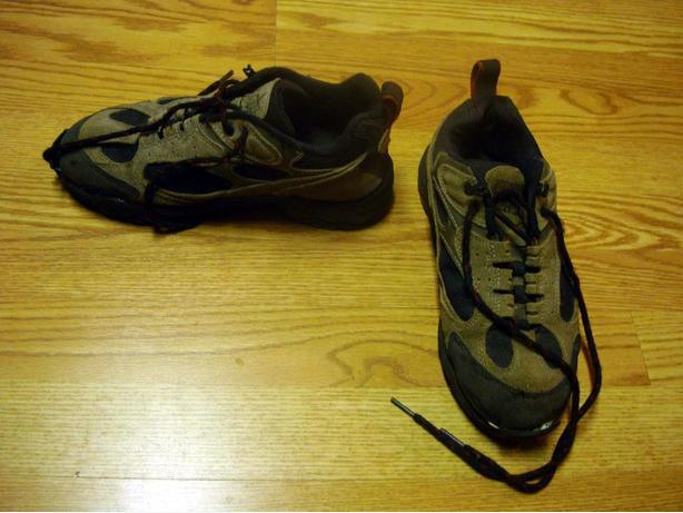 Pair of Runners Womans size 8 beige brown - $3