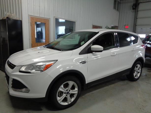 2013 Ford Escape SE 2.0L #3374 Indoor Auto Sales Winnipeg
