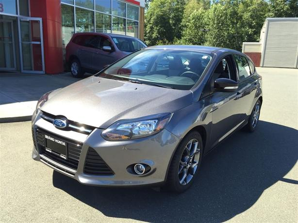 2013 Ford Focus SE | AUTO | ONE OWNER | WINTER TIRES ON ALLOY RIMS