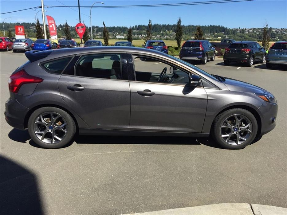 2013 Ford Focus Se Auto One Owner Winter Tires On
