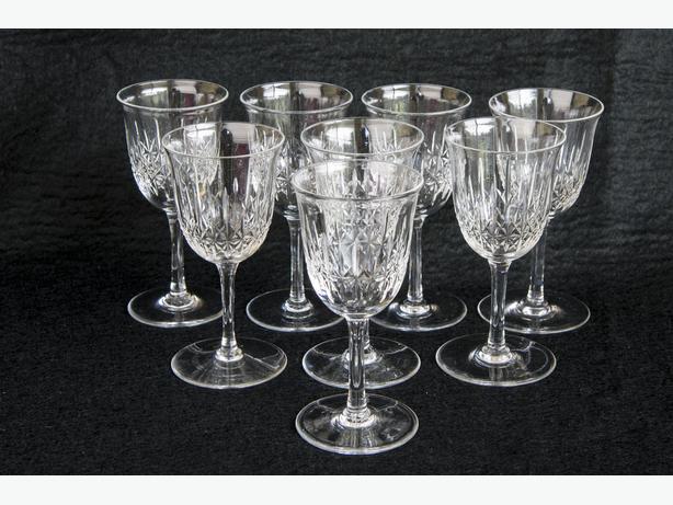 EIGHT RARE 1930s THOMAS WEBB 2 OZ CRYSTAL SHERRY PORT GLASSES