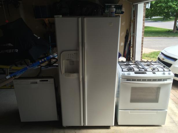 Kitchen appliance package deal $950 Or best offer