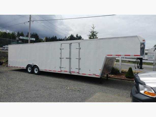 VIT 8.5 x 40' 2013 Used Royal Cargo Trailer