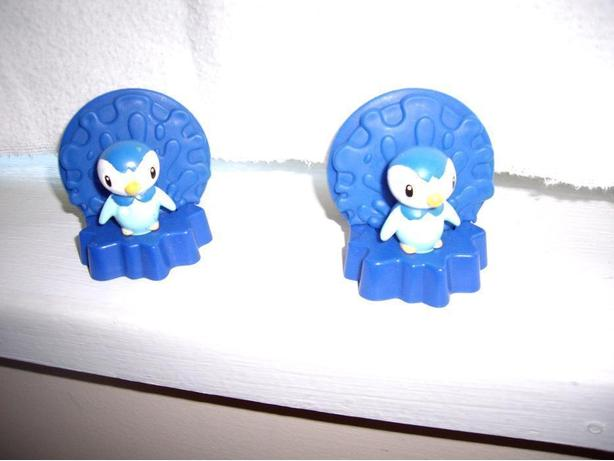 POKEMON 2008 CARD HOLDERS