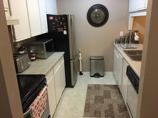 Roommate Wanted 590 + 1/2 Utilities