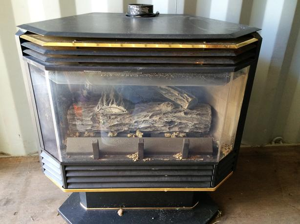 gas Fireplace North Saanich & Sidney , Victoria