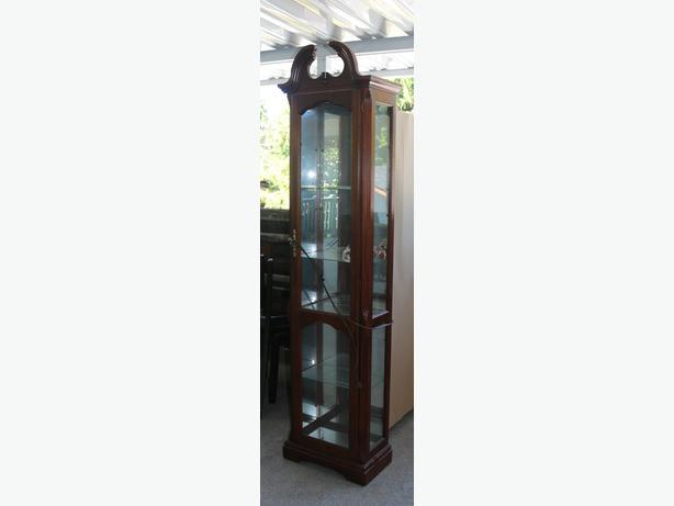 Curio Cabinet 4 glass shelves, lighted