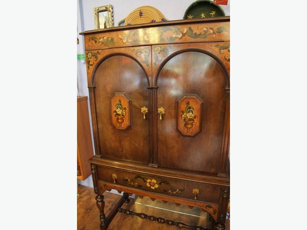 1920's Secretay Cabinet