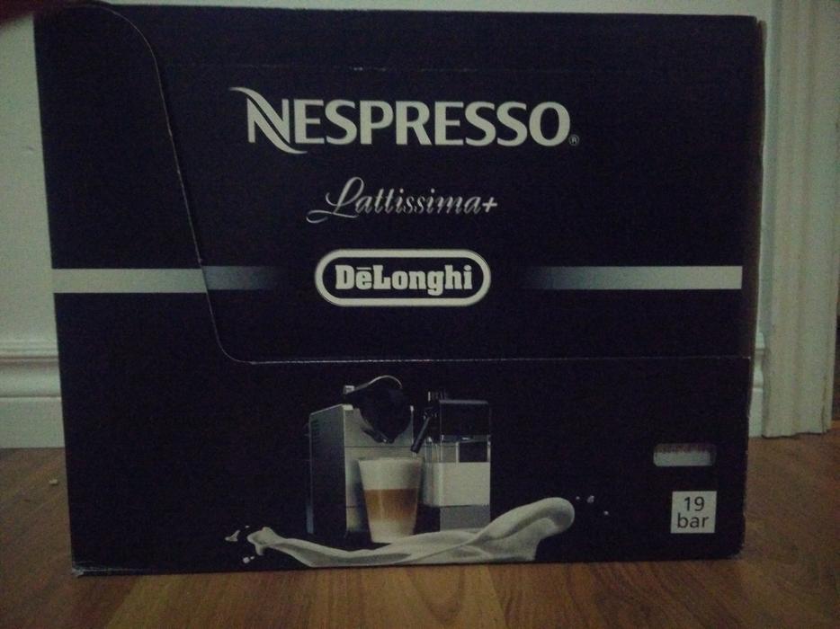 DeLonghi Nespresso Lattissima+ EspressoCappuccino Maker Saanich, Victoria -> Nespresso Ottawa