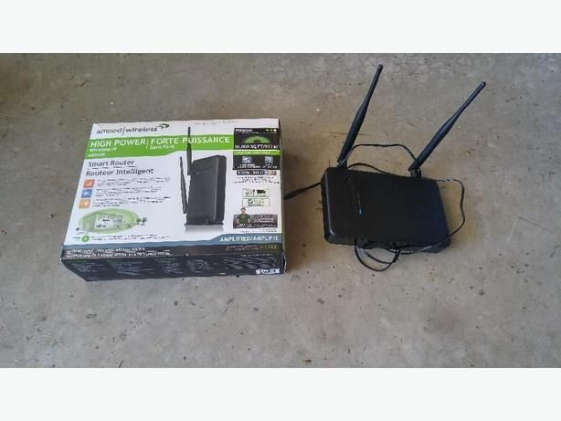 Amped Wireless R10000 High Power Router