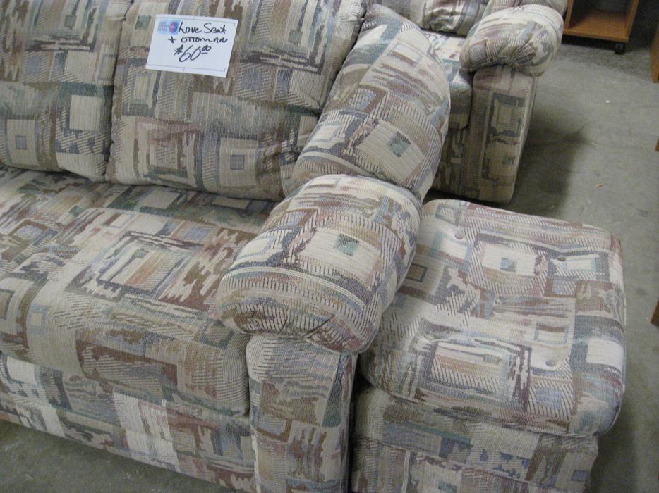 Was 60 Love Seat With Ottoman For Sale At St Vincent De Paul On Kirkpatrick Saanich Victoria