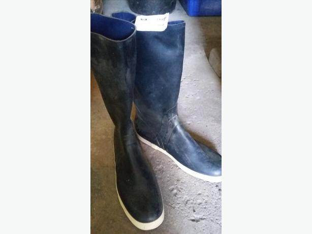 Rubber Boots Size 12 (from Sail)