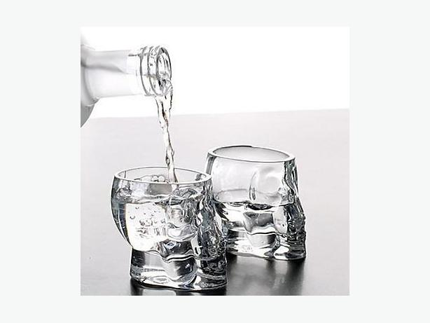 Clear Glass Skull 2oz Shot Glasses (Set of 2)