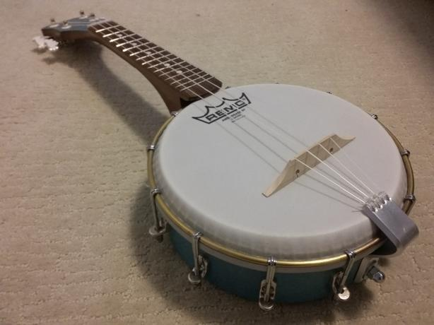 banjo ukulele uke banjolele surrey incl white rock vancouver. Black Bedroom Furniture Sets. Home Design Ideas