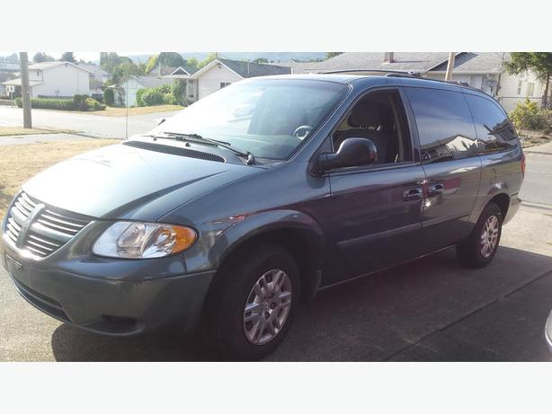 2006 Dodge Grand Caravan SE - Stow and Go!