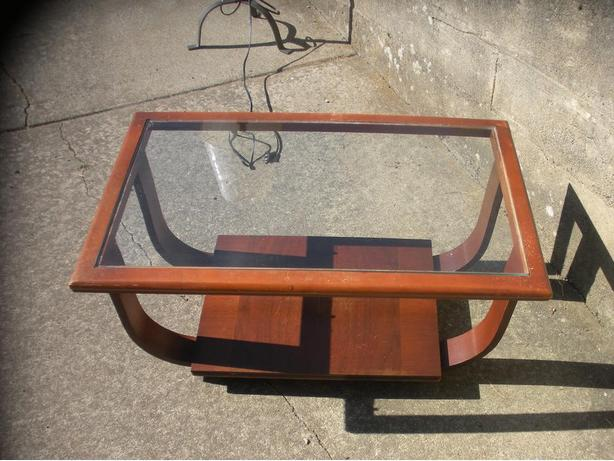 Small glass and wood coffee table saanich victoria for Coffee tables 16 inches high