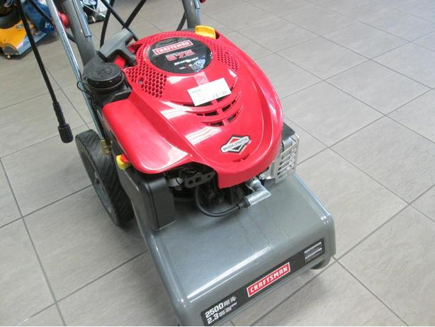 CRAFTSMAN 6.75 2500 PSI PRESSURE WASHER**MONEYMAXX**