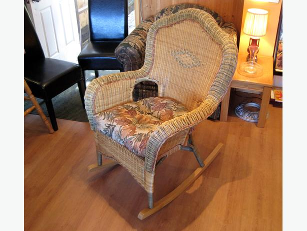 Quality Real Wicker Rocking Chair with Cushion