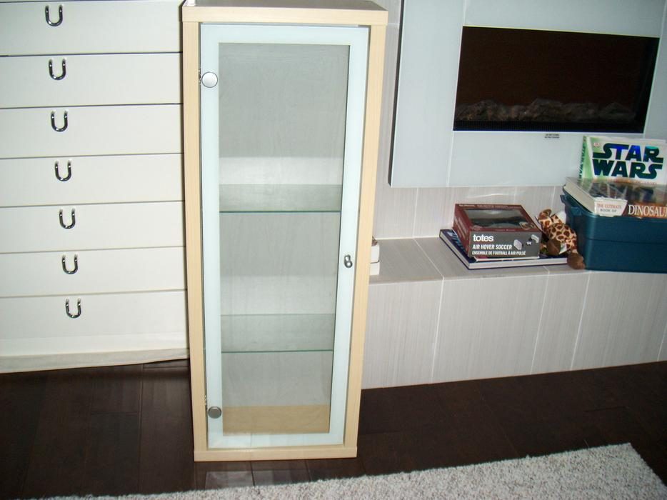 Ikea bathroom cabinet saanich victoria mobile for Bathroom cabinets nanaimo