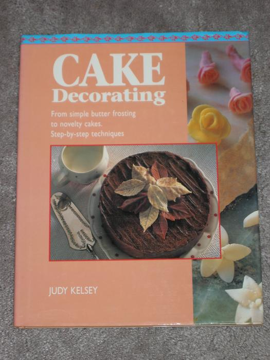 Cake Decorating Kitchener : * Cake decorating & cook books Saanich, Victoria
