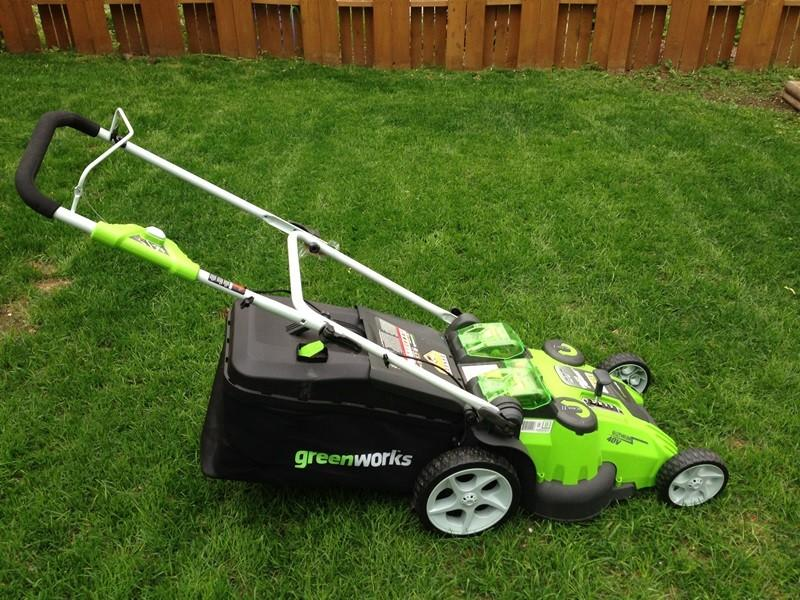 20 Quot Cordless Lawn Mower 3 Months Old Best Offer