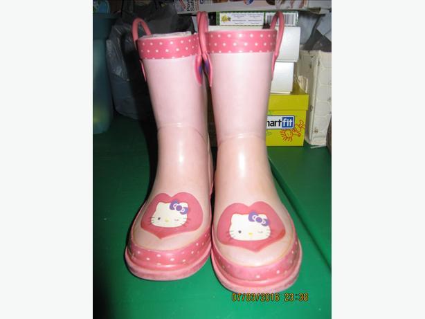 Hello Kitty Rainboots Size 11-12