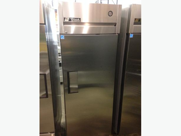 True One Door Reach-In Cooler model TG1R-1S